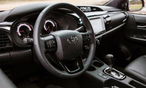 new-Toyota-Hilux-Exclusive-2018-2019-008-500x300.jpg